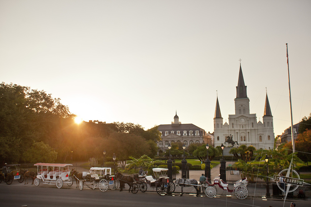 Jackson Square with St. Louis Cathedral and statue of Andrew Jackson in New Orleans, Louisiana.