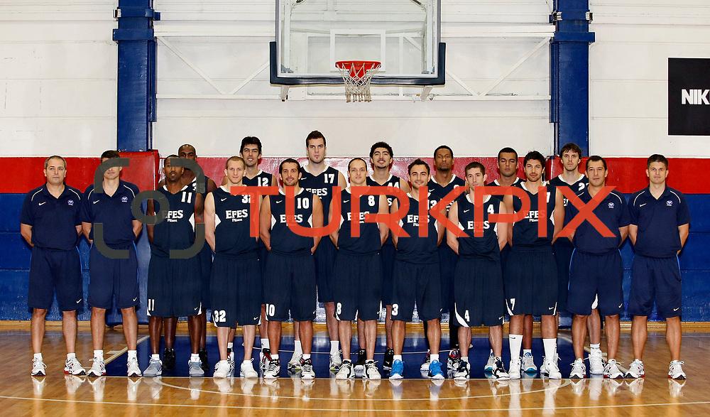 Turkish basketball team Efes Pilsen's team group Front Row (Left to Right) Ekrem MEMNUN, coach Velimir PERASOVIC, Bootsy THORNTON, Sinan GULER, Kerem TUNCERI, Igor RAKOCEVIC, Ender ARSLAN, Andrew WISNIEWSKI, Cenk AKYOL, Ufuk SARICA,Tomislav MIJATOVIC Back Row (Left to Right), Erwin DUDLEY, Kerem GONLUM, Miroslav RADUJICA, Ali ISIK, Lawrence ROBERTS, Burak Yacan YUKSEL, Bostjan NACHBAR during their Efes Pilsen sports hall in Istanbul Turkey on Weonesday 22 September 2010. Photo by Aykut AKICI/TURKPIX