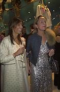 Consuelo Castiglioni and Lucinda Chambers. Marni shop opening. Sloane St. London. 25 October 2000. © Copyright Photograph by Dafydd Jones 66 Stockwell Park Rd. London SW9 0DA Tel 020 7733 0108 www.dafjones.com