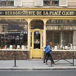 Grande Herboristerie Médicale de la Place de Clichy, rue d'Amsterdam, Paris, France. 6 May 2010. Photo: Antoine Doyen for Metropolitan / Eurostar