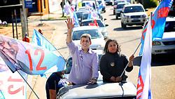 O candidato a vice-prefeito, Sebastião Melo, durante carreata na zona norte de Porto Alegre. FOTO: Jefferson Bernardes/Preview.com
