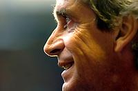 Photo: Alan Crowhurst.<br />Arsenal v Villarreal. UEFA Champions League. Semi-Final, 1st Leg. 19/04/2006. Villarreal coach Manuel Luis Pellegrini.