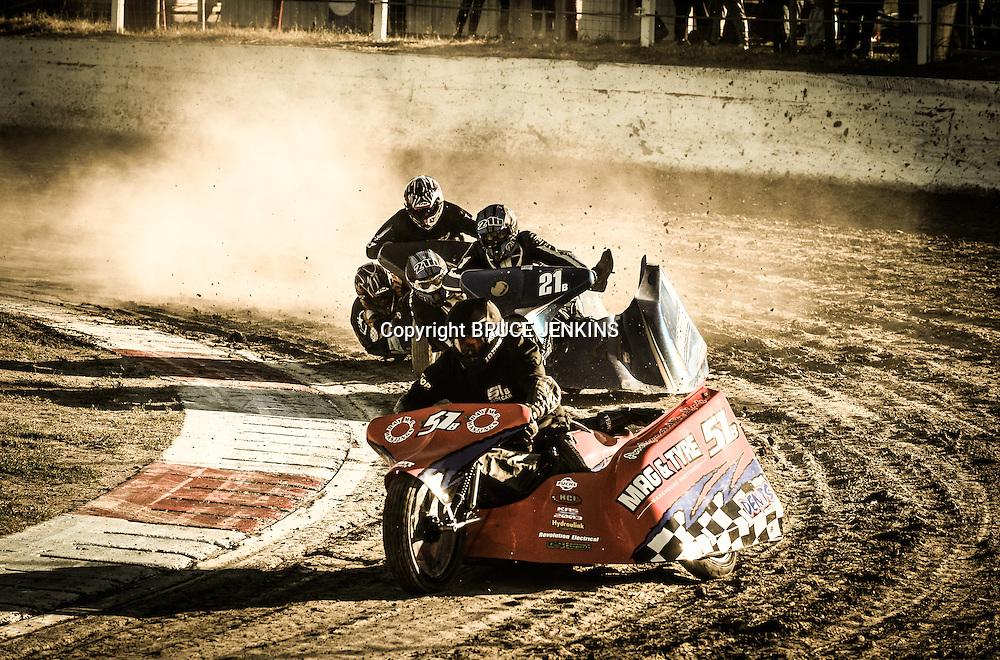 Meeanee Speedway November 2 2013 Sidecar Racing,
