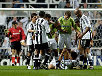 Fotball<br /> England 2005/2006<br /> Foto: SBI/Digitalsport<br /> NORWAY ONLY<br /> <br /> Newcastle United v Deportivo La Coruna<br /> Intertoto Cup.<br /> 03/08/2005.<br /> Tempers boil over as Deportivo players confront Newcastle's Steven Taylor
