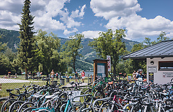 THEMENBILD - viele Fahrräder am Eingang des Strandbad Erlberg, aufgenommen am 13. Juni 2020 in Zell am See, Oesterreich // many bicycles at the entrance at Strandbad Erlberg in Zell am See, Austria on 2020/06/13. EXPA Pictures © 2020, PhotoCredit: EXPA/Stefanie Oberhauser
