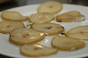 Sliced pears in sugar and syrup