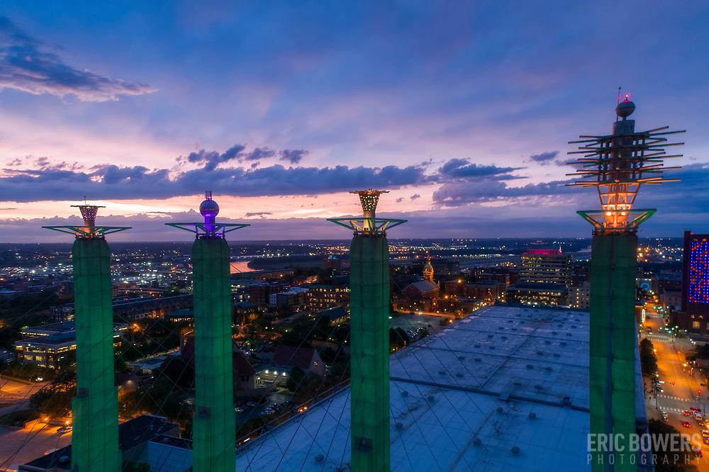 Skystation public art atop Kansas City Convention Center.
