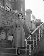 08/03/1954<br /> 03/08/1954<br /> Fashion special for Mr. Sellier of Peerless Fashions, Henry Street, Dublin. Model at the Royal Marine Hotel, Dun Laoghaire and Sandycove, Dublin.