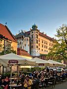 Kraków, 2018.04.20. Widok na wzgórze wawelskie od strony ulicy Grodzkiej.