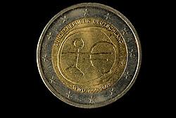 09.09.2013, Stuttgart, GER, Euro Muenze, Sonderpraegung 2013, im Bild 2-Euro Muenze Rueckseite Muenzgeld // Euro coin, special edition 2013, Stuttgart, Germany on 2013/09/09. EXPA Pictures © 2013, PhotoCredit: EXPA/ Eibner/ Michael Weber<br /> <br /> ***** ATTENTION - OUT OF GER *****