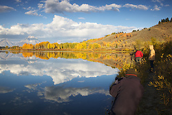 Photographers, fall colors, autumn, Oxbow Bend, Grand Teton National Park