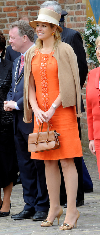 State Visit of the presidentof Chili , Michelle Bachelet to the Netherlands.<br /> <br /> On the photo Maxima arrive At the Castle of Doorwerth to have a lunch