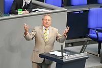 DEU, Deutschland, Germany, Berlin, 23.06.2021: Klaus Ernst (DIE LINKE) bei einer Rede in der Plenarsitzung im Deutschen Bundestag.
