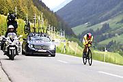 Radrennfahrer Richard Carapaz anlässlich der Tour de Suisse 2021. Etappe 7 – Zeitfahren Sedrun-Oberalppass-Andermatt. Fotostandort Selva, 12. Juni 2021.