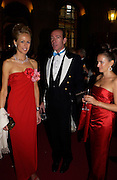 Lady Alexandra Spencer-Churchill and Robert Hanson Ball at Blenheim Palace in aid of the Red Cross, Woodstock, 26 June 2004. SUPPLIED FOR ONE-TIME USE ONLY-DO NOT ARCHIVE. © Copyright Photograph by Dafydd Jones 66 Stockwell Park Rd. London SW9 0DA Tel 020 7733 0108 www.dafjones.com