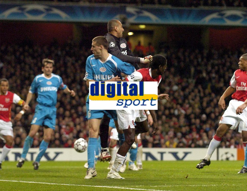 Photo: Olly Greenwood.<br />Arsenal v PSV Eindhoven. UEFA Champions League. Last 16, 2nd Leg. 07/03/2007. Arsenal's Emmanuel Adebayor scores