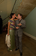 Juliet Soskice and Dan Brooke, Silent auction of works by leading artists to celebrate ArtangelÍs 10th birthday. the Old Sierra Leonne Embassy, 33, Portland Place. 7 June 2003. © Copyright Photograph by Dafydd Jones 66 Stockwell Park Rd. London SW9 0DA Tel 020 7733 0108 www.dafjones.com