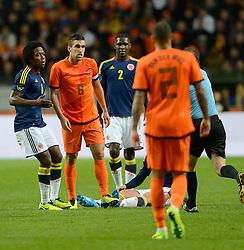 19-11-2013 VOETBAL: NEDERLAND - COLOMBIA: AMSTERDAM<br /> Nederland speelt met 0-0 gelijk tegen Colombia / Carlos Sanchez , Kevin Strootman<br /> ©2013-FotoHoogendoorn.nl