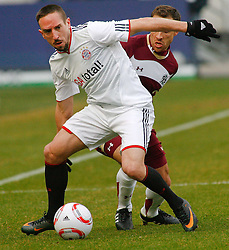 05.0305.03.2011, AWD Arena, Hannover, GER, 1.FBL, Hannover 96 vs FC Bayern Muenchen, im Bild Franck Ribery (Muenchen #7) und Steven Cherundolo (Hannover #6).EXPA Pictures © 2011, PhotoCredit: EXPA/ nph/  Schrader       ****** out of GER / SWE / CRO  / BEL ******