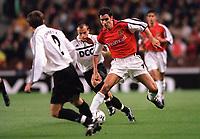 Robert Pires (Arsenal) Mykhaylo Starostyak & Hennadii Zubov (FC Shakhar Donetsk). Arsenal 3:2 FC Shakhar Donetsk, UEFA Champions League, Group B, 20/9/2000. Credit: Colorsport / Stuart MacFarlane