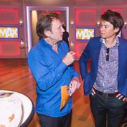 NLD/Hilversum/20130826 - najaarspresentatie 2013 omroep Max, Cees Grimbergen in gesprek met Roland Duong