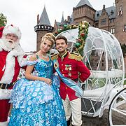 NLD/Utrecht/20180912 - Cast presentatie The Christmas Show 2018, Buddy Vedder en Celinde Schoenmaker met de kerstman