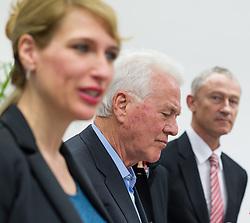 """06.02.2015, Parlamentsklub TS, Wien, AUT, Team Stronach, Pressekonferenz mit dem Thema: """"Neustart Team Stronach"""". im Bild v.l.n.r. bisherige Klubobfrau Team Stronach Kathrin Nachbaur, Parteigruender und Obmann Frank Stronach und Vizeparteichef Team Stronach Wolfgang Auer // f.l.t.r. Leader of the Parliamentary Group TS Kathrin Nachbaur, Party Founder Frank Stronach and Vice-Leader of the parliamentary group Team Stronach Wolfgang Auer during press conference of Team Stronach at parliamentary club TS in Vienna, Austria on 2015/02/06. EXPA Pictures © 2015, PhotoCredit: EXPA/ Michael Gruber"""