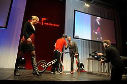 13-12-2010 ALGEMEEN: TOPSPORT GALA AMSTERDAM: AMSTERDAM<br /> In de Westergasfabriek werd het gala van de beste sportman, -vrouw, coach en ploeg gekozen / Entertainment en Marrit Leenstra en Humberto Tan<br />  2010©2010-WWW.FOTOHOOGENDOORN.NL