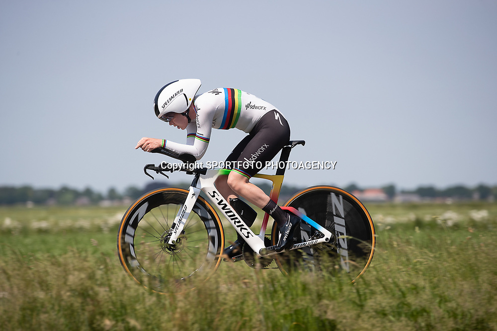 EMMEN (NED) June 16: <br /> CYCLING <br /> Anna van der Breggen on her way to the time trail title