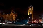 Londyn, 2009-10-23. Londyn nocą - katedra Westminster