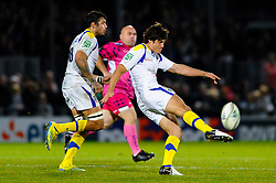 Clermont replacement (#22) David Skrela clears during the second half of the match - Photo mandatory by-line: Rogan Thomson/JMP - Tel: Mobile: 07966 386802 20/10/2012 - SPORT - RUGBY - Sandy Park Stadium - Exeter. Exeter Chiefs v ASM Clermont Auvergne - Heineken Cup Round 2