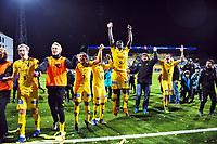 Fotball , 30. september 2013 , Adeccoligaen , 1. divisjon , <br /> Bodø/Glimt - Vard 1-0<br /> <br /> Glimt klare for Tippeligaen . Opprykk , trener Jan Halvor Halvorsen , Godwin Antwi (15) , Zarek Valentin (3) , Ulrik Reinaldo Berglann (20)