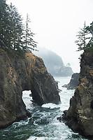 Natural Bridges. Samuel H. Boardman State Park, Oregon.