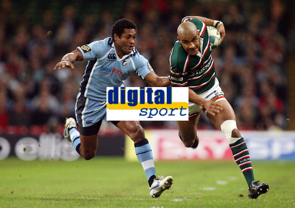 Photo: Rich Eaton.<br /> <br /> Cardiff Blues v Leicester Tigers. Heineken Cup. 29/10/2006. Mosese Luveitasau of Cardiff Blues  left tries to tackle Tom Varndell of Tigers