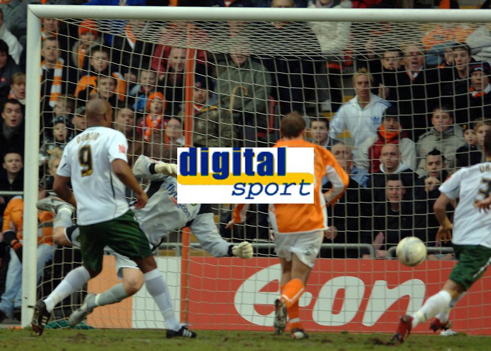 Photo: Paul Greenwood.<br />Blackpool v Norwich City. The FA Cup. 27/01/2007. Norwich keeper David Marshall is beaten by Ian Evatt's shot