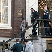 NLD/Amsterdam/20150322 - Paul Simon verlaat zijn hotel voor een concert<br /> <br /> NLD/Amsterdam/20150322 - Paul Simon Leaves his hotel in Amsterdam for an concert with Sting