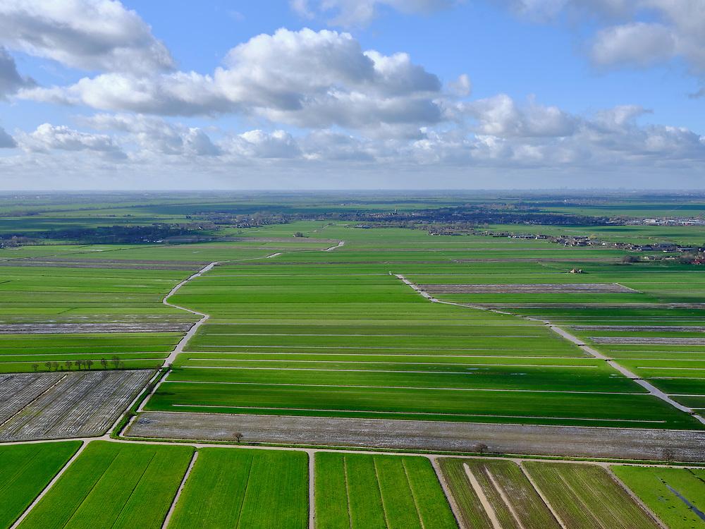 Nederland, Utrecht, gemeenteWoerden, 25-02-2020; het Groene Hart, landelijk gebied in de driehoek Linschoten, Snelrewaard, Oudewater (aan de horizon). Onderdeel Groot-Waterschap van Woerden.<br /> The Green Heart, rural area between Utrecht en Rotterdam.<br /> <br /> luchtfoto (toeslag op standard tarieven);<br /> aerial photo (additional fee required)<br /> copyright © 2020 foto/photo Siebe Swart