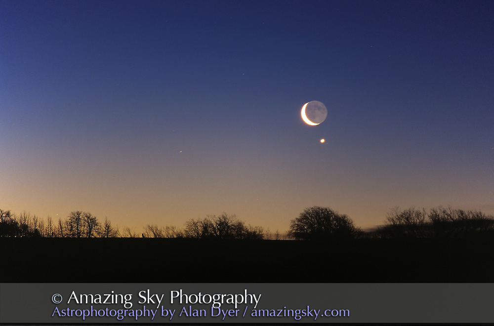 Conjunction of Waning crescent Moon near Venus, February 2, 2000 in morning sky.200mm telephoto lens.from home in Alberta, early in morning (#2 is same event but a few minutes later in brighter sky)