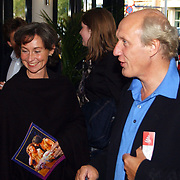 Premiere Alladin, Herman van Veen en partner Marloes Fluitsma