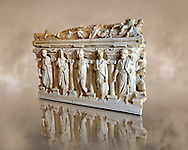 Sidamara Sarcophagus,  a 2nd century marble Roman sarcophagus from  Turkey. Istanbul Archaeology Museum. .<br /> <br /> If you prefer to buy from our ALAMY STOCK LIBRARY page at https://www.alamy.com/portfolio/paul-williams-funkystock/greco-roman-sculptures.html- Type -    Istanbul    - into LOWER SEARCH WITHIN GALLERY box - Refine search by adding a subject, place, background colour, museum etc.<br /> <br /> Visit our CLASSICAL WORLD HISTORIC SITES PHOTO COLLECTIONS for more photos to download or buy as wall art prints https://funkystock.photoshelter.com/gallery-collection/The-Romans-Art-Artefacts-Antiquities-Historic-Sites-Pictures-Images/C0000r2uLJJo9_s0c