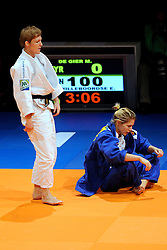 14-11-2009 JUDO: NK JUDO DAMES: ROTTERDAM <br /> Marit de Gier (bl) en Elisabeth Willeboordse (-63 kg)<br /> ©2009-WWW.FOTOHOOGENDOORN.NL