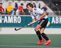AMSTELVEEN -  Floris Middendorp (Amsterdam)  tijdens de hockey hoofdklasse competitiewedstrijd  heren, Amsterdam-HC Tilburg (3-0).  COPYRIGHT KOEN SUYK