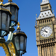 Big Ben and Westminster Bridge Street Lights 169-095101610 169-095101610 The clock of Elizabeth Tower (commonly known as Big Ben) on the Palace of Westminster, with some of the ornate streets lights of Westminster Bridge in the foreground.