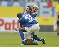 Fotball<br /> Bundesliga 2003/2004<br /> 02.08.2003<br /> NORWAY ONLY<br /> Foto: Uwe Speck, Digitalsport<br /> <br /> 1:0 Jubel, ALCIDES, Hamit ALTINTOP, Christian POULSEN Schalke<br /> Bundesliga FC Schalke 04 - Borussia Dortmund