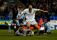 Fotball<br /> England 2004/2005<br /> Foto: SBI/Digitalsport<br /> NORWAY ONLY<br /> <br /> Bolton Wanderers v Southampton, Barclays Premiership, 19/04/2005.<br /> Southampton goalkeeper Antti Niemi saves Southampton at the end as he saves at the feet of Bolton's Stelios Giannakopoulos in a goalmouth scramble.