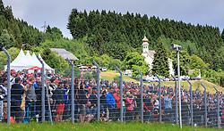 21.06.2015, Red Bull Ring, Spielberg, AUT, FIA, Formel 1, Grosser Preis von Österreich, Rennen, im Bild Zuschauer // Fans during the Race of the Austrian Formula One Grand Prix at the Red Bull Ring in Spielberg, Austria, 2015/06/21, EXPA Pictures © 2015, PhotoCredit: EXPA/ JFK