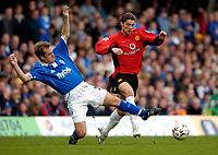 Fotball<br /> Foto: Richard Lane, Digitalsport<br /> Norway Only<br /> Birmingham City v Manchester United. FA Barclaycard Premiership. 10/04/2004.<br /> Ronaldo breaks past Jamie Clapham.