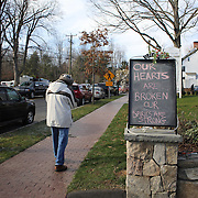 A  sign in Sandy Hook after yesterday's shootings at Sandy Hook Elementary School, Newtown, Connecticut, USA. 15th December 2012. Photo Tim Clayton