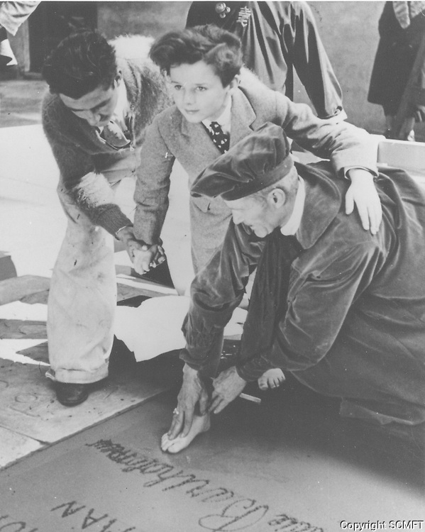 1936 Freddy Bartholomew's hand/footprint ceremony at the Chinese Theater