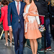 NLD/Tilburg/20170427- Koningsdag 2017, Floris en partner Aimee Söhngen